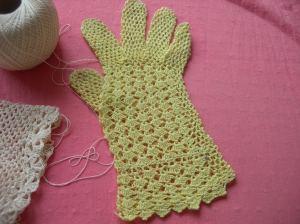 gloves 002